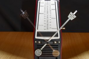 Using a Metronome to Improve Your Guitar Playing
